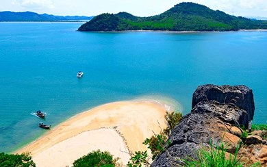 Thailand's Koh Yao Yai Island will soon welcome the new InterContinental Yao Yai Resort in early 2020 (Credit: deniscostille/Getty Images)